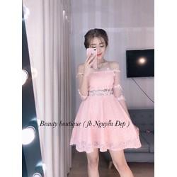 Đầm ren xòa bẹt vai