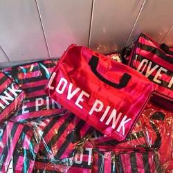 Túi du lịch Love Pink sành điệu