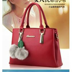 Túi xách kèm pk hàng loại 1 có sẵn hàng nhập HK