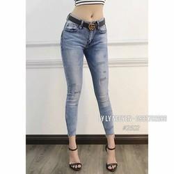 quần jeans ôm cá tính