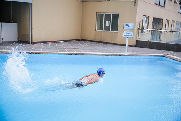 Khóa học Bơi cơ bản tại bể bơi cao cấp ngoài trời Thăng Long Number One 4