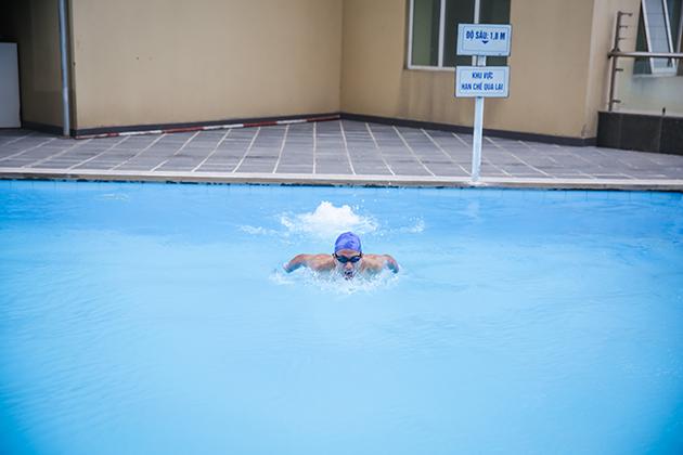 Khóa học Bơi cơ bản tại bể bơi cao cấp ngoài trời Thăng Long Number One 5