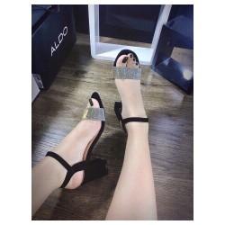 dép sandal đế vuông