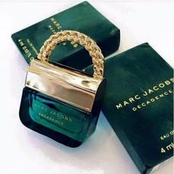 Nước hoa nữ mini Marc Jacobs Decadence 4ml