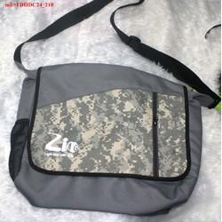 Túi đeo đi học đi chơi Zing họa tiết bụi bặm