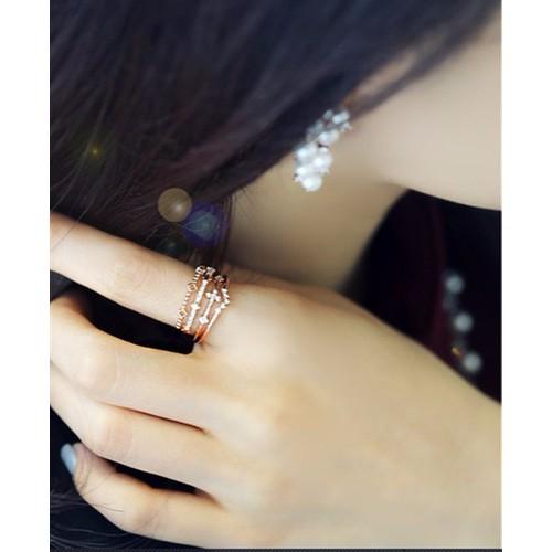 N604 nhẫn vương miện màu vàng hồng