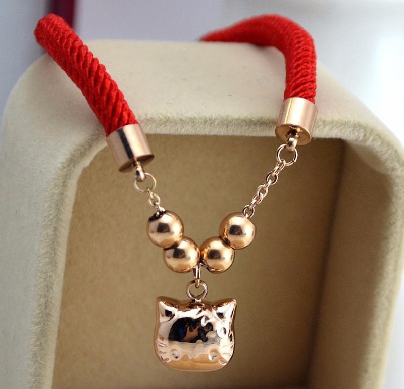 Lắc Tay Dây Đỏ Mèo May Mắn Ti Tan Ko Đen TT 0733 2