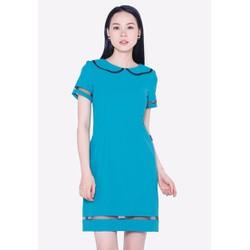 Đầm màu xanh dương nhạt