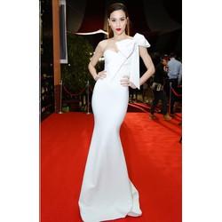 Đầm dạ hội trắng thiết kế 1 vai nơ như Hồ Ngọc Hà