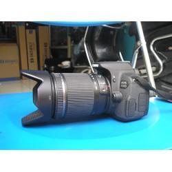 máy ảnh Canon 700D 18 200mm VC tamron như mới