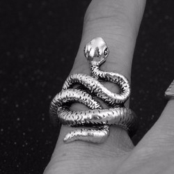 Nhẫn nữ nhẫn nữ nhẫn nữ
