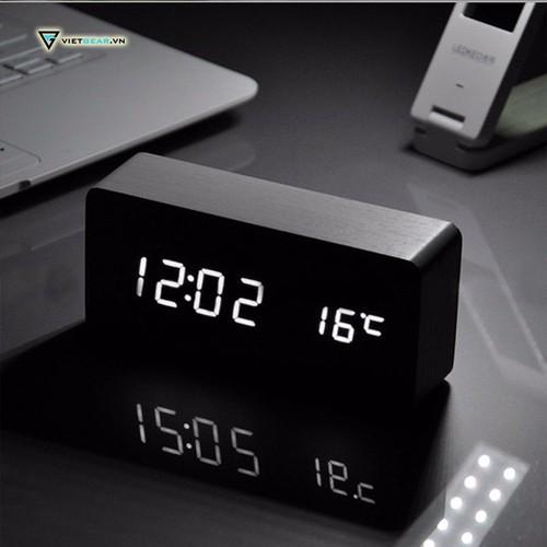 Đồng hồ để bàn chữ nhật led gỗ sang chảnh