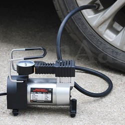bơm hơi  cho ô tô xe máy
