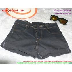 Qua61h short jean nữ màu đen sắn lai cá tính