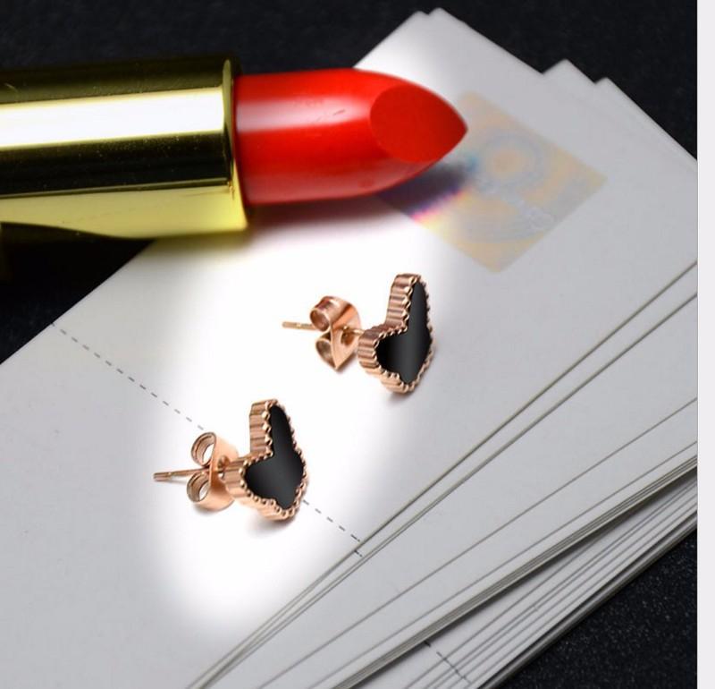 Bông Tai Nữ  Bướm Đen Titan TT 0744 3