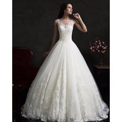 may áo cưới cô dâu đủ size