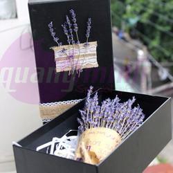 Hộp quà tặng sinh nhật hoa lavender khô đen nhỏ