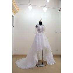 Đầm cưới trắng