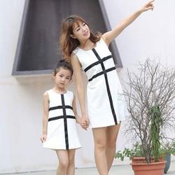 Đầm Suông Cho Mẹ Bé Phối Viềng Đen HGS 1302