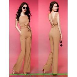 Jumpsuilt dài quần ống rộng thiết kế xẻ V hở lưng quyến rũ
