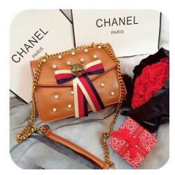 Túi đeo thời trang