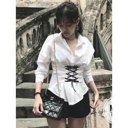 Áo sơmi trắng đan dây eo hot trend