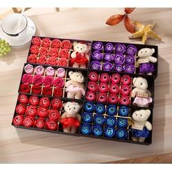 Quà Tặng Bạn Gái Hoa Hồng 3D Sáp Thơm 12 Bông Kèm Gấu cực dễ thương