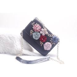 Túi xách đeo chéo hoạ tiết hoa