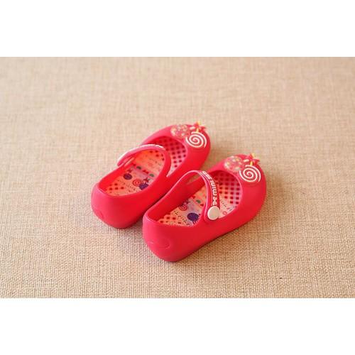 Giày nhựa thương hiệu cao cấp cho bé đính hình kẹo - 4936719 , 7082889 , 15_7082889 , 164000 , Giay-nhua-thuong-hieu-cao-cap-cho-be-dinh-hinh-keo-15_7082889 , sendo.vn , Giày nhựa thương hiệu cao cấp cho bé đính hình kẹo