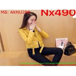 Áo khoác da nữ dài tay khóa kéo chéo màu vàng nổi bật AKNU288