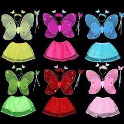 Cánh bướm thiên thần cho bé kèm váy voan