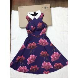 Đầm xoè hoa cổ peter
