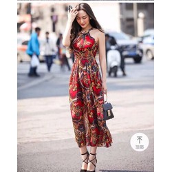 Đầm maxi cổ yếm dễ thương