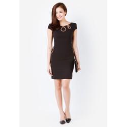 Đầm ôm màu đen cổ giọt lệ viền nâu pha ren