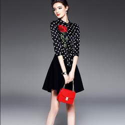 Đầm xòe trẻ trung, duyên dáng - hàng Quảng Châu chất lượng cao