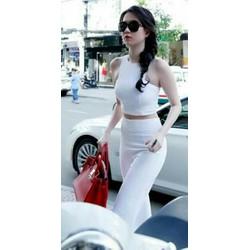 Sét áo croptop và quần suông Ngọc Trinh