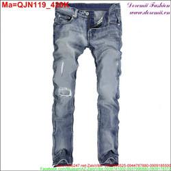 Quần jean nam màu xanh rách xước