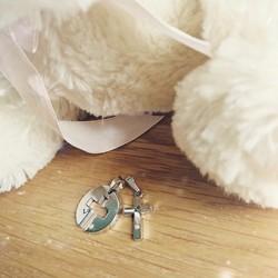 Mặt dây chuyền móc khóa cặp đôi chữ thập