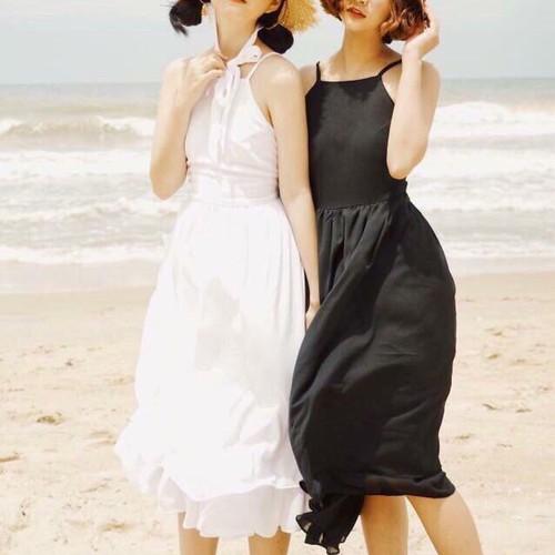 váy yếm đi biển