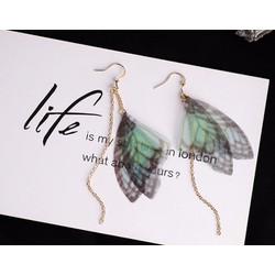 Bông tai cánh bướm
