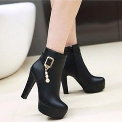 B041  - Giày bốt nữ đính đá sang trọng ,phong cách Hàn Quốc