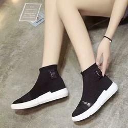 giày thể thao cao cổ