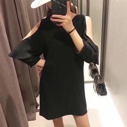 Đầm cut out