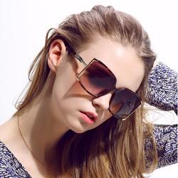 Mắt kính thời trang nữ , phụ kiện không thể thiếu cho các nàng 106
