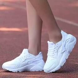 Giày thể thao nữ Hurache full trắng