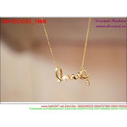 Dây chuyền vàng có mặt chữ love đính hạt châu sang trọng