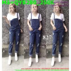 Quần yếm jean nữ màu xanh rách xước nhẹ