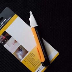 Bút chạm thử điện thông minh sử dụng pin AA