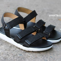 Sandal DrMartens Madons made in Thailand