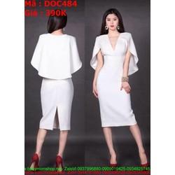 Đầm ôm dự tiệc trắng xẻ cổ V phối kiểu cánh dơi cách điệu thời trang